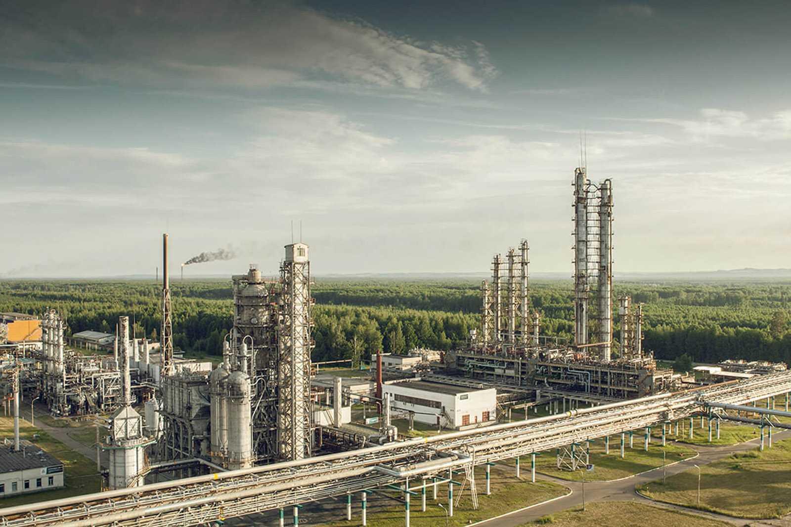 Срочная доставка дизельного топлива и других нефтепродуктов от 500 литров в течение 3-х часов